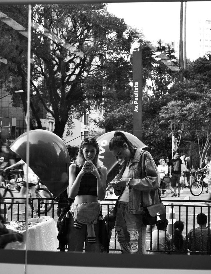 Avenue Paulista 28-08 Laribarbosacom 04