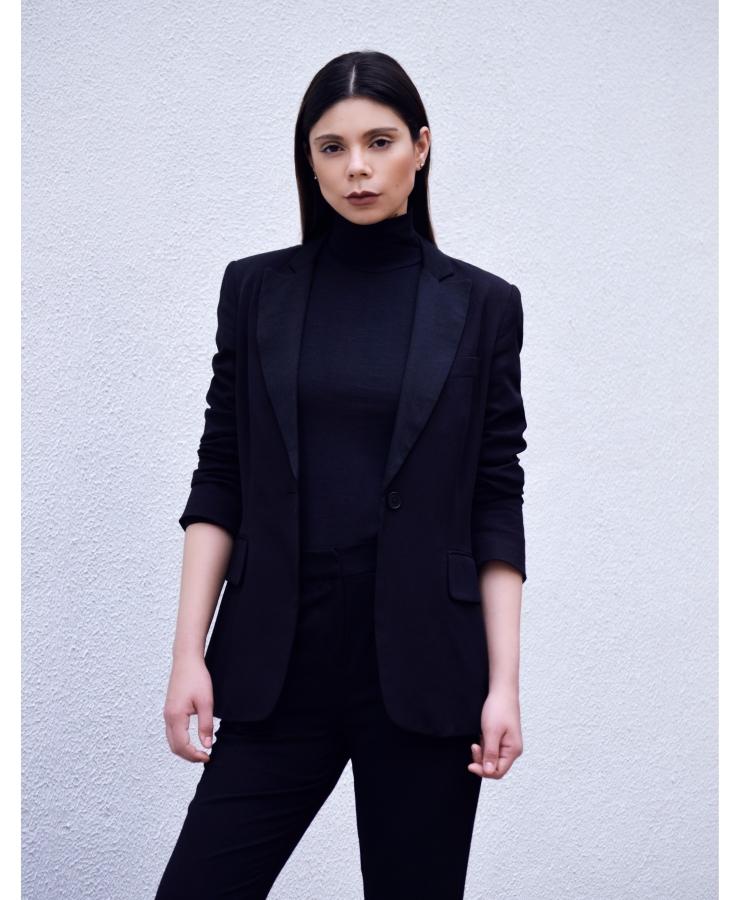look-minimal-black-lb-03